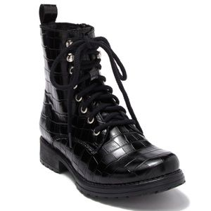 Steve Madden Bobbi Black Leather Combat Boots 7.5